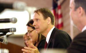 Finance Professor Robert Neal speaks in Schererville. Photo by John Luke/Times of Northwest Indiana